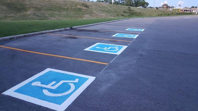 Stationnement pour personnes handicapées (15) (Copier)
