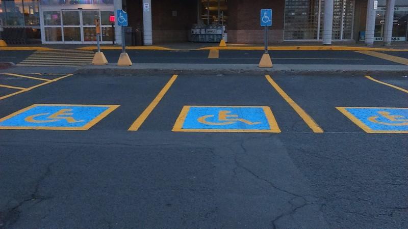 Stationnement pour personnes handicapées (18) (Copier)