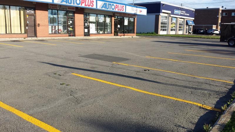 Traçage de ligne de stationnement - Commercial (1)